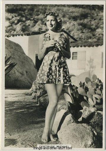 Gertrude Michael 1937 BAT Modern Beauties Tobacco Card