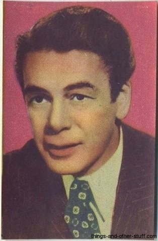 Paul Muni 1951 Artisti del Cinema stamp type trading card from Italy