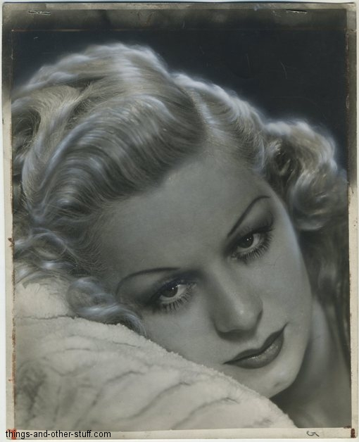 Mary Dees 1940 Press Photo noting her likeness to Jean Harlow