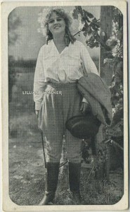 Lillian Walker circa 1917 Kromo Gravure trading card, rounded border variety