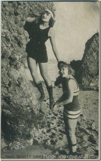 Vera Steadman and Phyllis Haver 1920s Mack Sennett Comedies Arcade Card