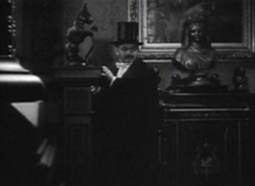 Edward G Robinson in Silver Dollar
