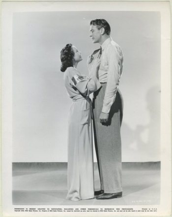 Teresa Wright and Gary Cooper in The Pride of the Yankees