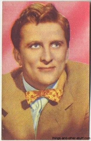Kirk Douglas 1951 Artisti del Cinema sticker stamp from Italy