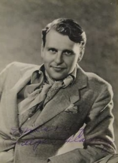 Ralph Bellamy autographed photo