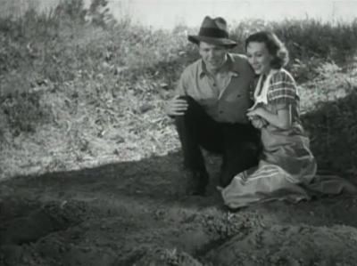 Tom Keene and Karen Morley as John and Mary Sims