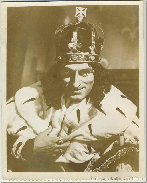 1946 Sir Laurence Olivier