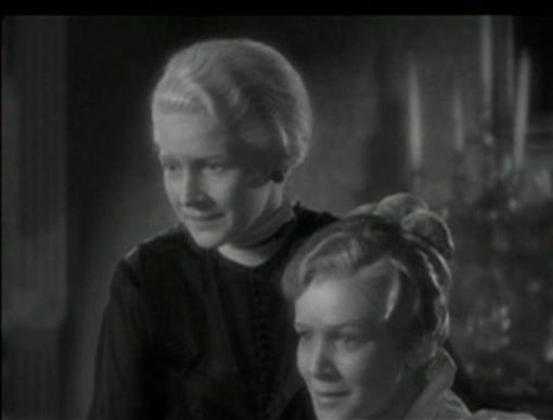 Ann Harding and Julie Haydon in The Conquerors