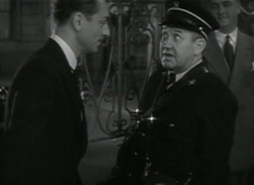 William Powell and Spencer Charters in Jewel Robbery