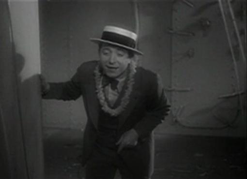 Frank McHugh in One Way Passage