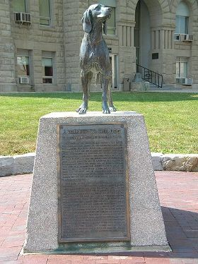 Old Drum Statue in front of the Johnson County Courthouse located in Warrensburg, MO United States. Photographed by Abernaki.