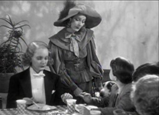 Garbo and Dietrich doubles in It Happened in Hollywood