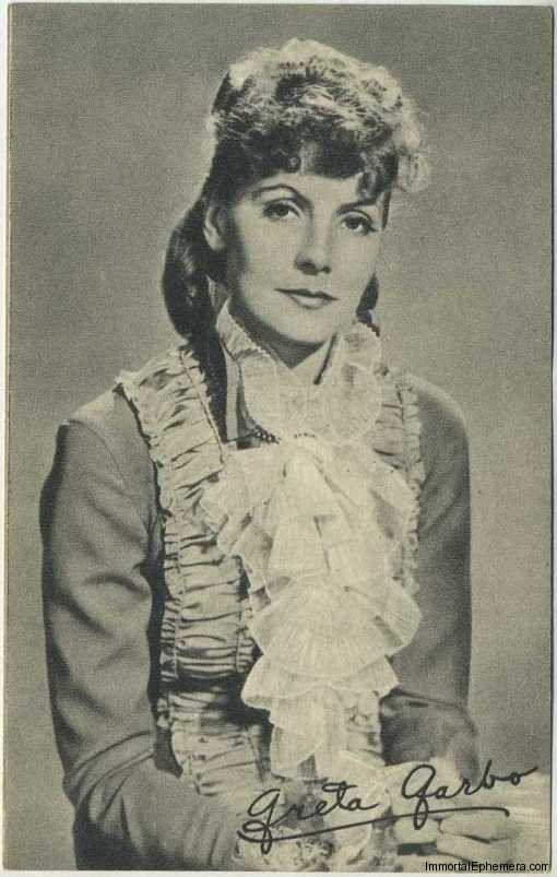 Greta Garbo circa 1935 Boys Cinema Real Photogravure Portrait Postcard #9