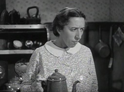Margaret Hamilton in Stablemates