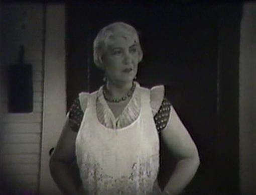 Helen Ware as Lizzie Morrow