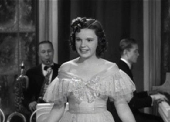 Judy Garland in Love Finds Andy Hardy
