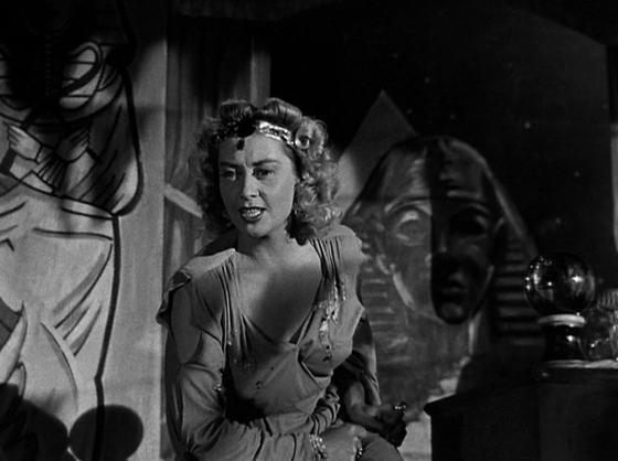 Joan Blondell in NIghtmare Alley