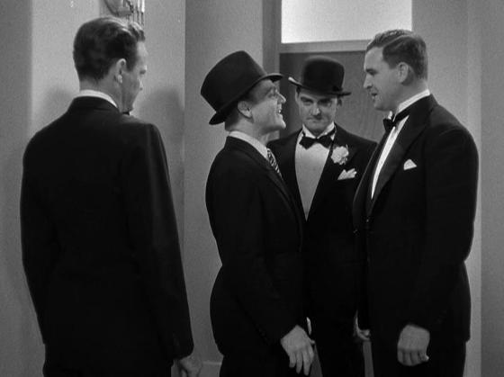 Barton MacLane and the boys greet Cagney