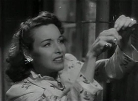 Joan Perry in Bullets for O'Hara
