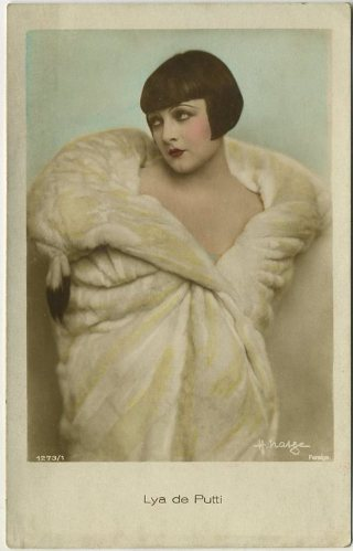 Lya de Putti 1920s color toned postcard