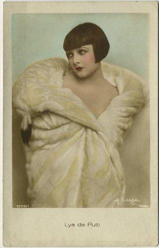 Lya de Putti 1920s color toned postcard