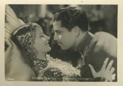 Greta Garbo and Ramon Novarro tobacco card