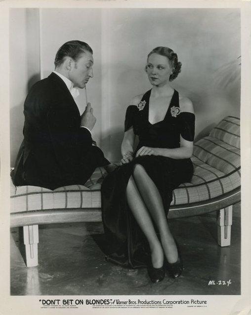 Warren William and Claire Dodd publicity still