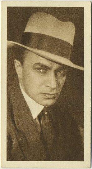 Conrad Veidt 1933 Sarony Cinema Stars Tobacco Card