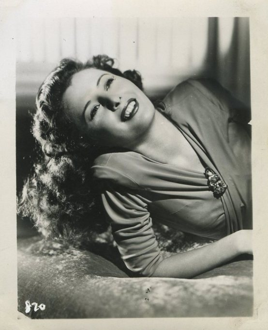 Barbara Stanwyck 1940s 4x5 Souvenir Photo