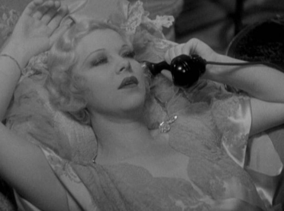 Glenda Farrell in Dark Hazard