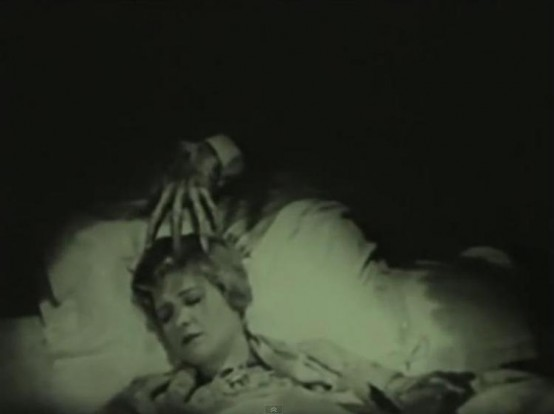 Laura La Plante in The Cat and the Canary