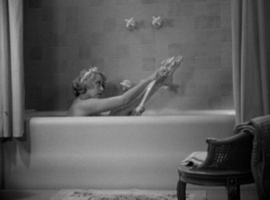 Joan Blondell in Blonde Crazy