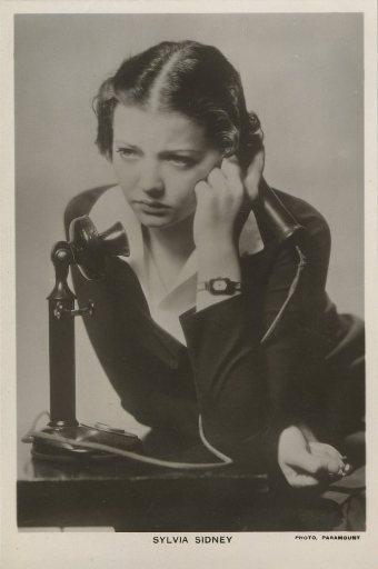 Sylvia Sidney 1930s Picturegoer Postcard
