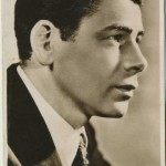 Paul Muni 1930s Picturegoer Postcard