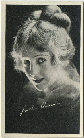 Jewel Carmen Kromo Gravure Trading Card