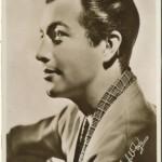 Robert Taylor 1930s Picturegoer Postcard