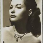 Yvonne De Carlo Picturegoer Postcard