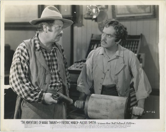 Alan Hale and Fredric March in The Adventures of Mark Twain