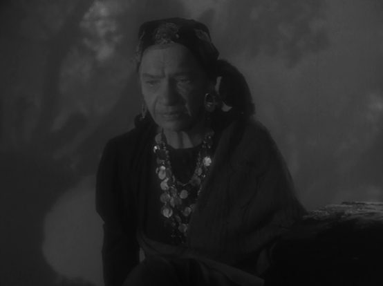 Maria Ouspenskaya in The Wolf Man