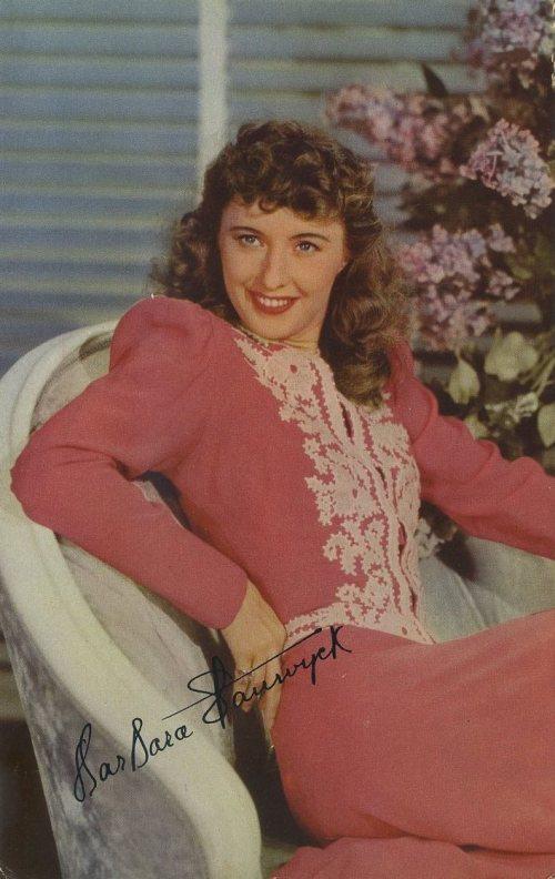Barbara Stanwyck 1941 World Explorer Postcard